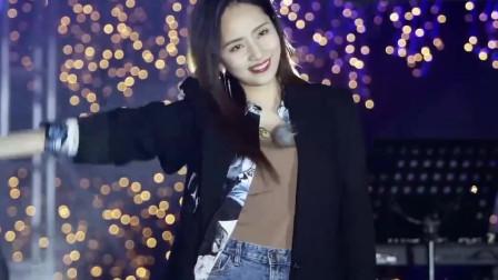 你好生活:当刘惜君再次唱起《我很快乐》,满满的都是青春回忆!