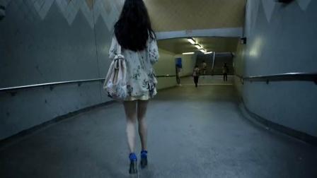 到底有多绝望,能让这么年轻的女孩,走上这条不归路