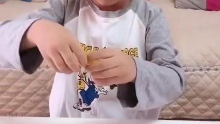 淘气的童年:小晨这是什么啊