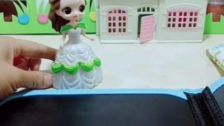 早教益智幼儿:贝尔为白雪准备神秘生日蛋糕