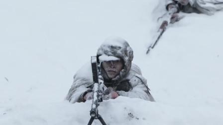 跨过鸭绿江花絮:群众演员也不容易,大冬天扒雪地拍戏一动不动