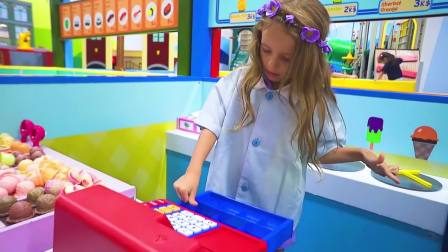 美国儿童时尚,小萝莉做香蕉冰淇淋,你愿意品尝吗