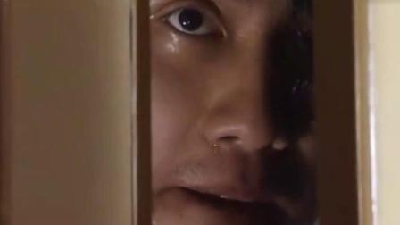 追逃:小偷躲衣柜里,哪料看见女主人就在房间里,吓得小偷直冒汗