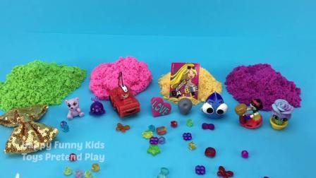 耙子玩具太空沙冰淇淋杯挖出芭比娃娃惊喜玩具,学习颜色和数字!