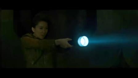 刺陵:和鬼魂打不过直接用手电筒照