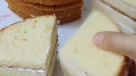 圆形蛋糕胚秒变方形蛋糕