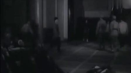 斗鲨:这段一定要看,俘虏伤重抢救无效,临前此行目的是要找一个商人