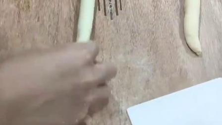 芝士肉松蜗牛卷