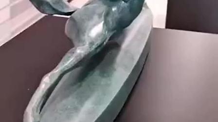 一件价值不菲的艺术品,猜猜它叫什么名字