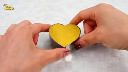亲子早教创意手工,用太空沙制作彩虹爱心蛋糕,学习颜色