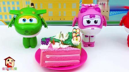 早教益智:分享水果味蛋糕卡通玩具