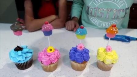 女孩子吃棒棒糖男孩子吃蛋糕