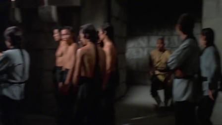 少林寺:众位少林兄弟协助方世玉和胡惠乾出寺,被方丈罚面壁!496