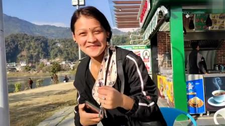 老外:请尼泊尔女友吃冰淇淋,选当地最好咖啡店,她有点不自在