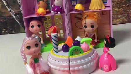 儿童玩具:蛋糕看起来好好吃啊