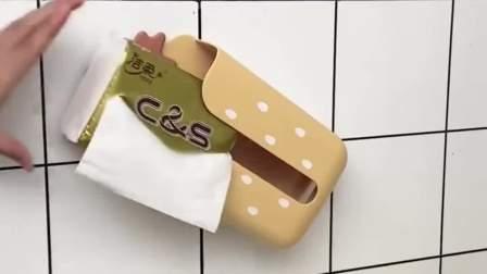 有了这个纸巾盒再也不会弄湿纸巾了,哪里需要贴哪里