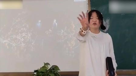 《手心的蔷薇》这个高中女孩堪比原唱!邓紫棋:还好我出道比较早