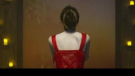 《瑜伽学院》女人为了美,练习瑜伽后果很严重