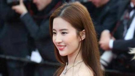 刘亦菲笑起来的样子,超级治愈!