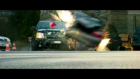 傻了吧?防弹车防不了车内的炸弹!