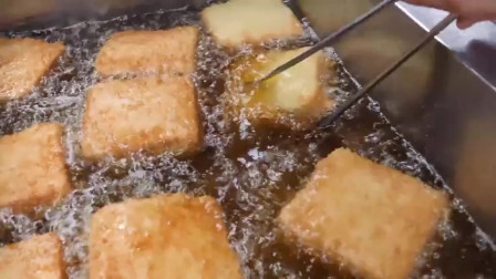 街头美食:韩国炸吐司,吃一口又香又脆