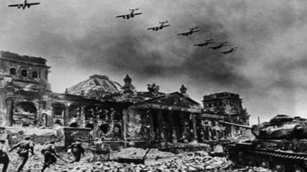 列宁格勒战役有多惨?被德军围困第一个冬季,50万人被饿!