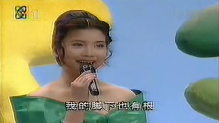 综艺大观第95期 张也演唱歌曲《不要说我是一朵云》太美了!