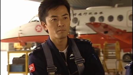 随时候命:不同的直升飞机,有不同的任务,飞行队员更要经常训练