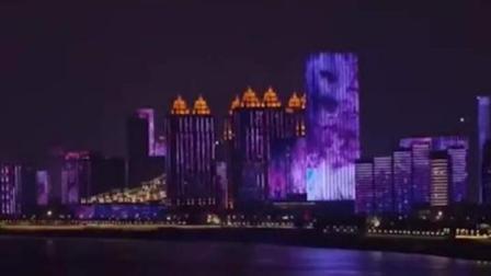 武汉樱花之约如期而至!两江四岸上演樱花主题灯光秀