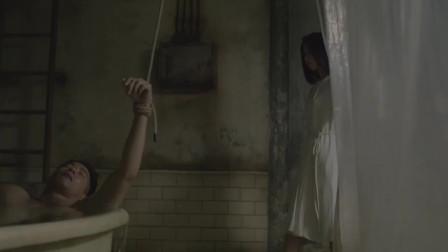 一部揭露人性阴暗面的电影,房东监控房客,发现楼下美女租客的