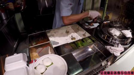 新加坡街头的美味小蛋糕,堪比国内的鸡蛋仔,看着真诱人!