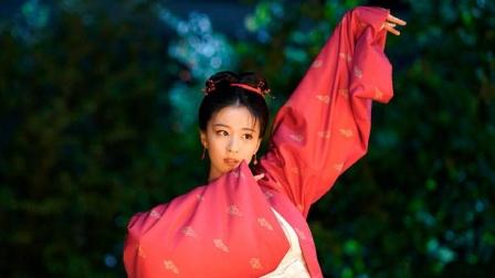 清平乐:张贵妃雨中起舞,爱到绝望!