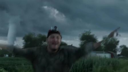 灾难电影《不惧风暴》,带你感受二十二级台风的超强破坏力!