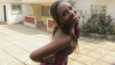 非洲小国中,100人民币能享受什么服务,非洲姑娘脸红告诉你