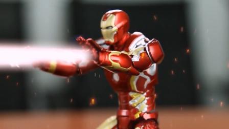 超级英雄乱斗,穿着纳米装甲的托尼斯塔克战斗实力不可小觑