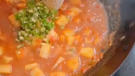 番茄火腿烩饭很好吃
