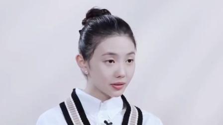 《悬崖之上》刘浩存演的小兰绝了,眼神戏十足,不愧是谋女郎!