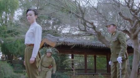 刀舞:日本人看不起中国功夫,女队长刀功无敌,一刀打败日本特务
