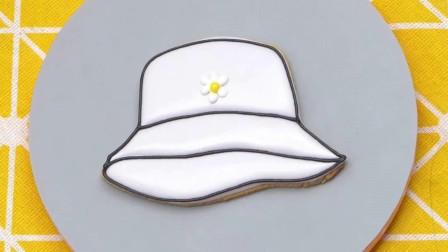 手工白色小花帽子奶油蛋糕