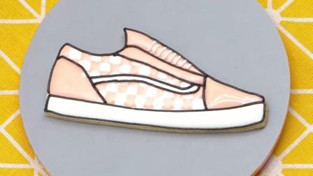 手工粉色鞋子奶油蛋糕
