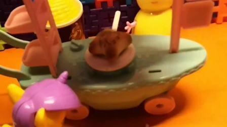 儿童玩具,彩虹马买了小兔子的披萨