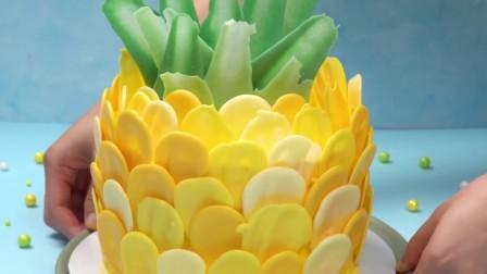 海绵宝宝的家菠萝式蛋糕