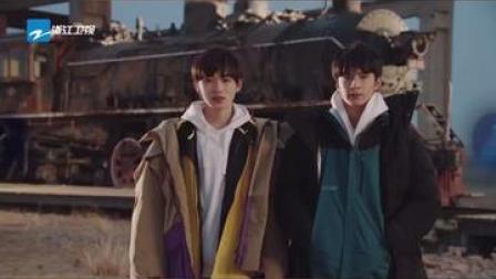 """#世纪航程 """"外景出题人""""宋亚轩、刘耀文在青海原子城为选手出题"""