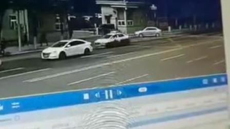 辽宁阜新#电瓶车街头驾驶人当场 5人受轻伤