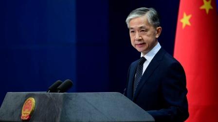 英国驻华大使发文评论中国媒体环境,外交部回应