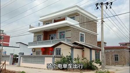 """实拍广西北流""""土豪""""村,村民是靠什么收入来源?许多家庭住别墅"""