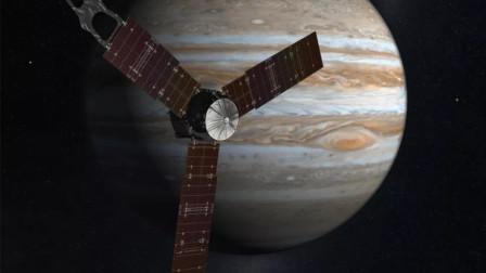"""探索太空:""""旅行者""""2号 ,探测到的许多记录"""