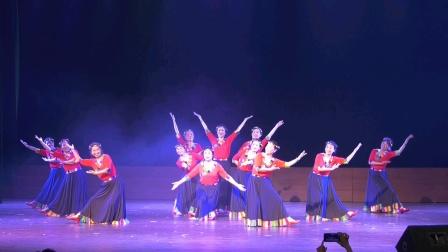 广场舞《吉祥的地方》选送单位:五洲风采舞蹈队  视频制片:明月  时间2021.05.28 地点  湘潭市齐白石群众艺术馆