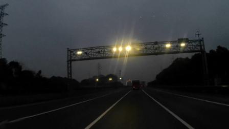 夜车司机驾驶货车开车视频