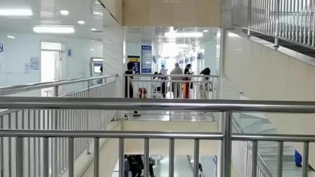 """""""人民医院难道不应该就是公立医院吗?""""健康时报记者来到了位于河北省廊坊市三河市的""""燕郊人民医院""""进行实地。"""